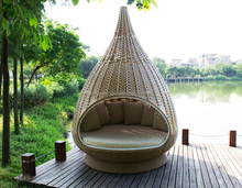 outdoor wicker big nest daybed lounge