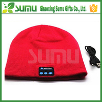 Man Women Wireless baseball cap with earphone