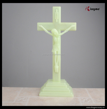 Luminous fashion catholic religious plastic crucifix hotsale wholesale cross