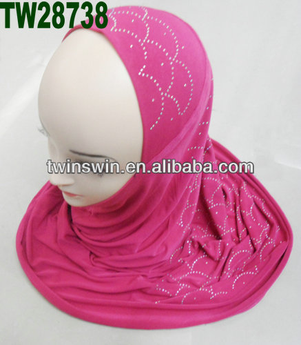 2014 new design polyester fashionable muslim girls hijab