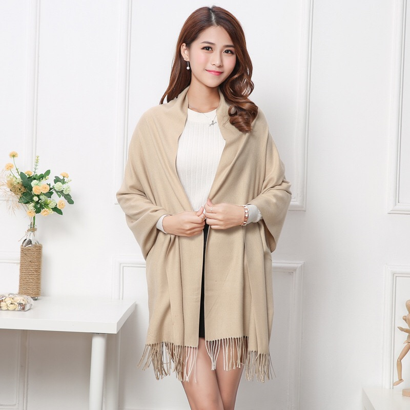 Factory wholesale solid color women shawls wraps ponchos winter pashmina cheap cashmere <strong>scarf</strong>