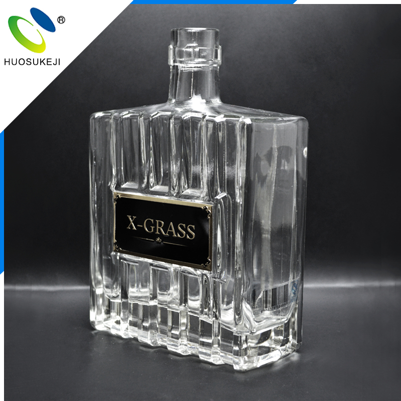 Chinese outstanding enterprises eco-friendly vodka use empty tall custom liquor glass bottle