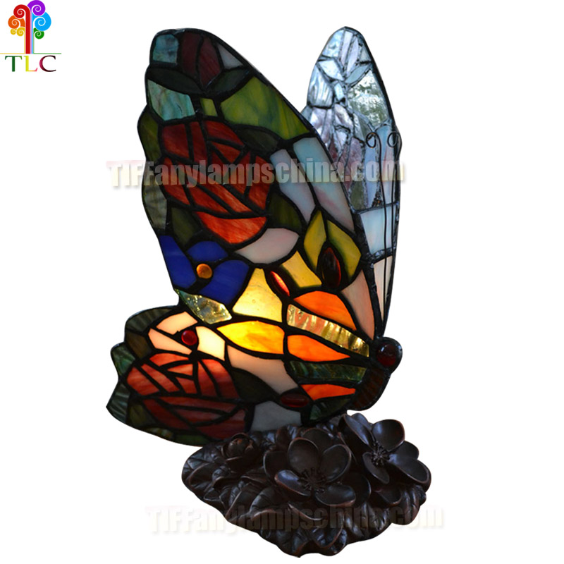 Butterfly accent tiffany lamp stained glass wholesale tiffany shade lamp