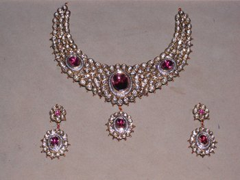 Kundan Mina jewellery Set