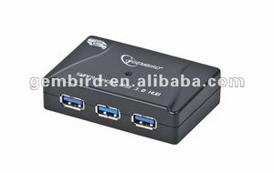 UHB-C345 4 port USB 3.0 hub with power adapter