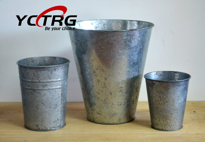 Decorative Metal tin garden Flower Pots for dried flowers