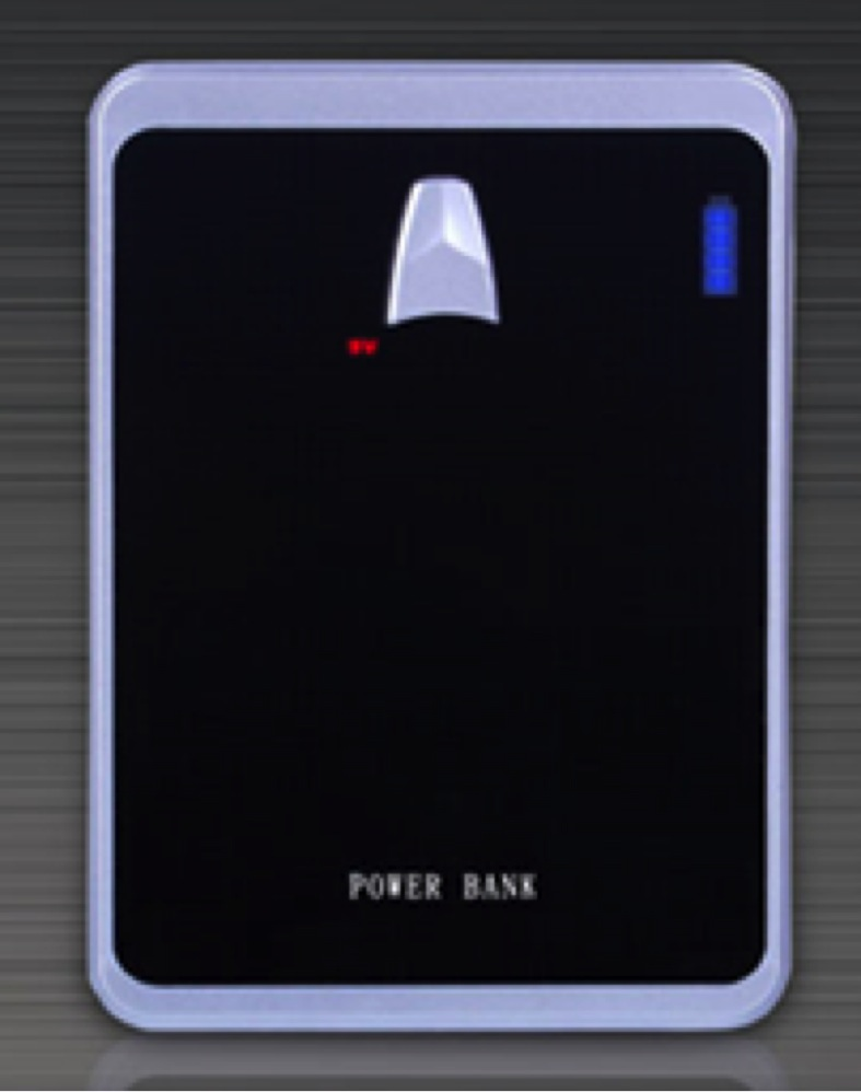 Modern Design 4 LED Level Indicators High Capacity Power Bank 18650mAh Dual Output And Dual Flaslight Power Bank