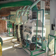 corn peeling and grits making machine/maize flour production process