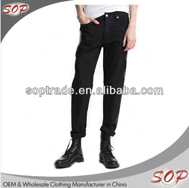 Wholesale designer italy cool man black denim jeans with bottom folded