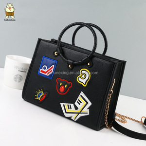 2017 designer fashion ladies sling PU tote bag with embroidery logo