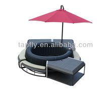 stylish garden poly rattan round spa furniture with umbrella