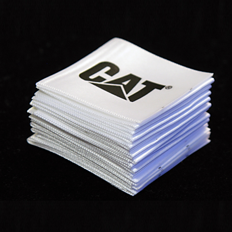 Customized factory direct high density Woven label for clothing