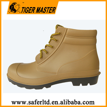 2017 new ankle pvc rain shoes with steel toe and steel plate