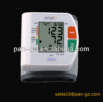 Digital wristech blood pressure monitor PG-800A5