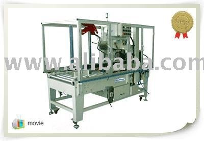 Auto folding and taping machine