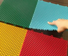 Outdoor anti-slip design CHEAP 100% new PP size 30*30CM colorful kid soft floor plastic play mat