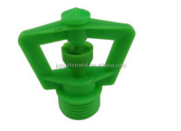 Low pressure spray fog nozzle for drip irrigation