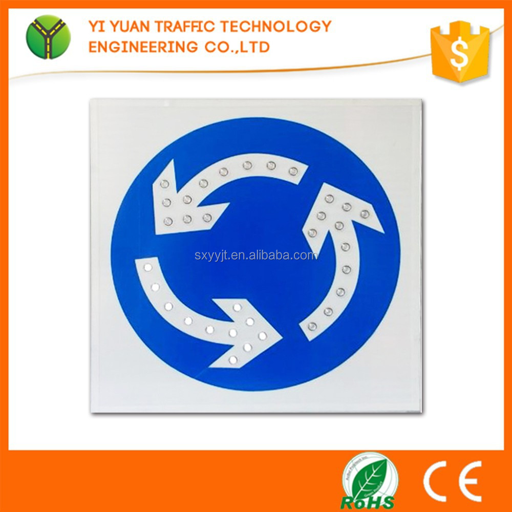 Solar Powered IP65 Portable LED Traffic Road Arrow Sign