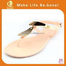 2014 New Fashion Crystal Pvc Jelly Sandal Ladies Nude Pvc Thong Sandals For Beach
