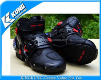 Stylish and populuar man motorcycle racing shoes
