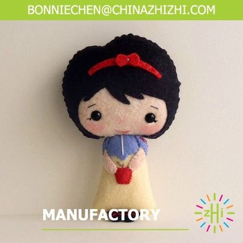 2017 new design cute promotional fashion felt stuffed snow white toys