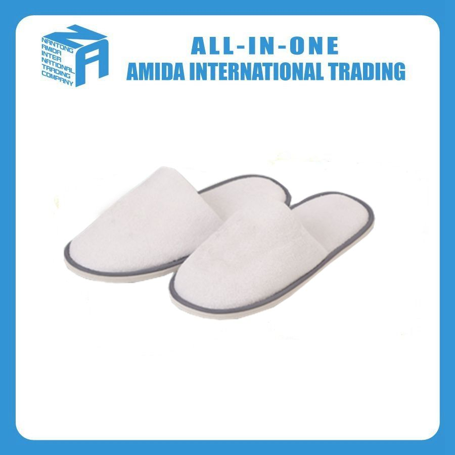High quality customized hotel white fancy disposable towel <strong>slippers</strong>