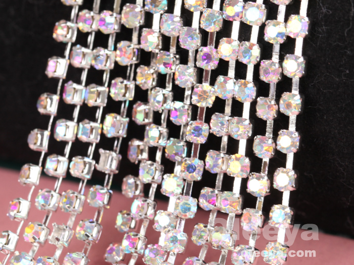 Wholesale Golden Base Close Cup Chain Aquamarine ABS Plastic Pearl Rhinestone Cup Chain For Costume Decoration