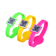 silicone qr code customized printed wristband cheap bracelets for spreading