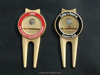 Club custom golf divot repair tool