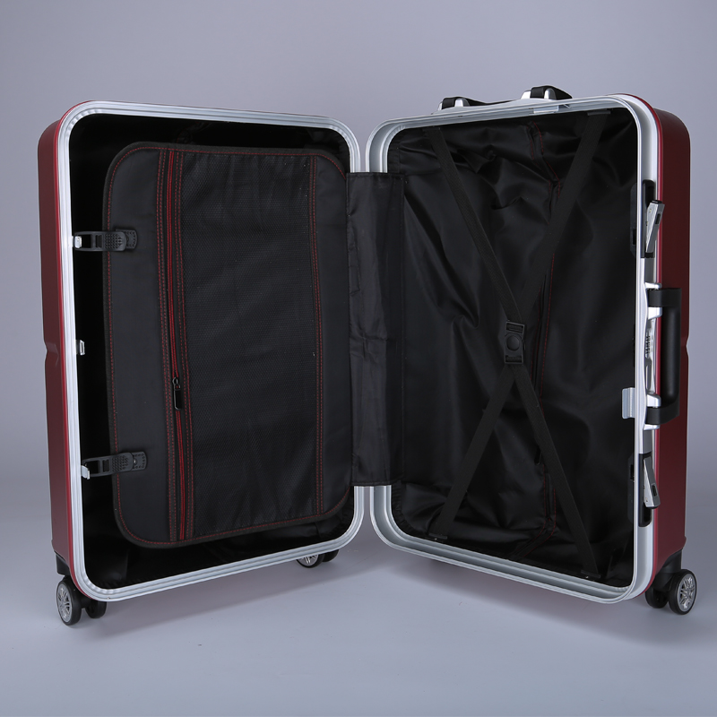 Zipper Plastic 20 24 Polycarbonate Hardside Abs Suitcase Review