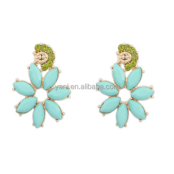 Distributors canada 2015 top ten selling cheap fancy gold plated green crystal earrings with blue stone