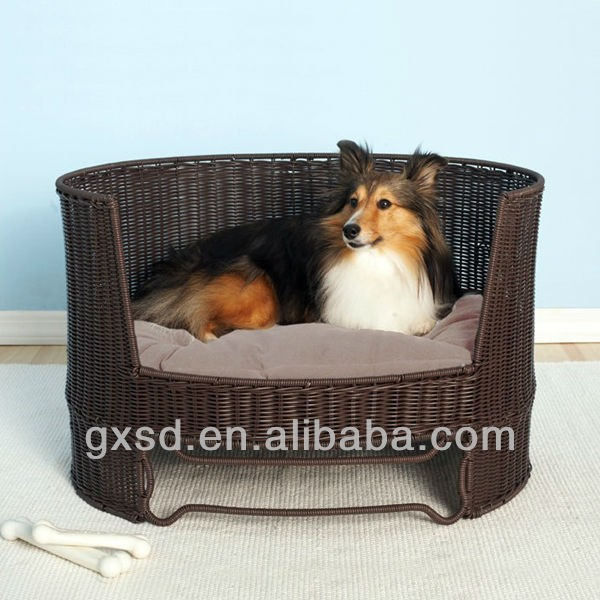 S&D Newest excellent quality factory price Happy Lives rattan pet house wholesale