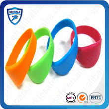 Waterproof Smart 13.56 MHz Silicone RFID Bracelet & Wristband