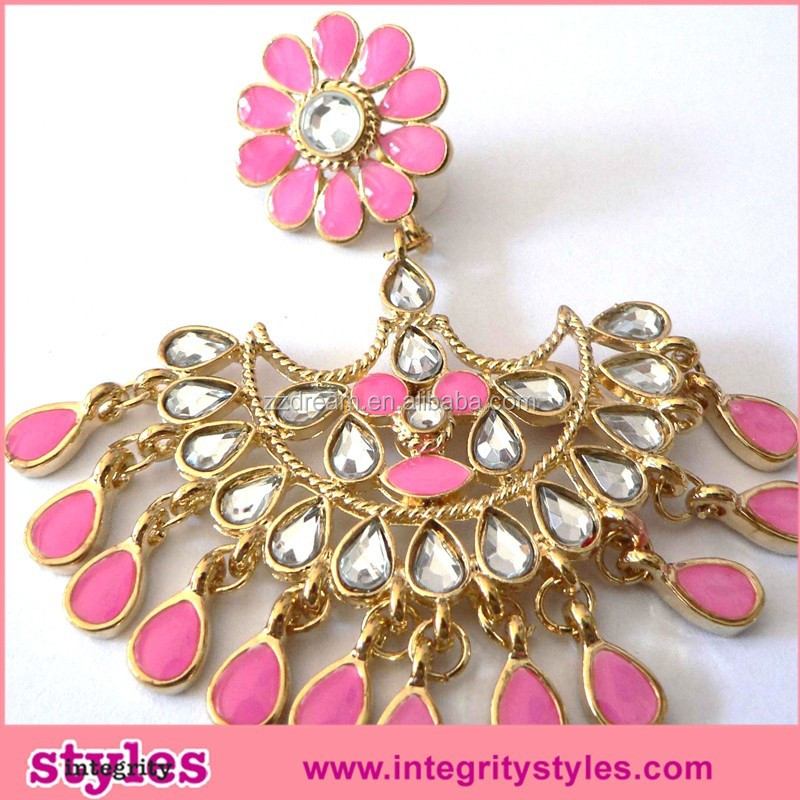 Latest charming fashion gold plated peacock shape acrylic stone flower earring