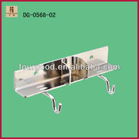 double hook metal pipe clamp