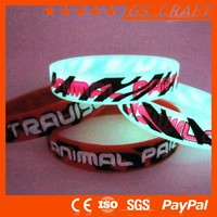 Custom designed New Product Latest Design glow in the dark rubber band bracelets