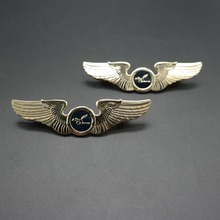 aviation style wings lapel pins custom airline pilot badges for souvenir