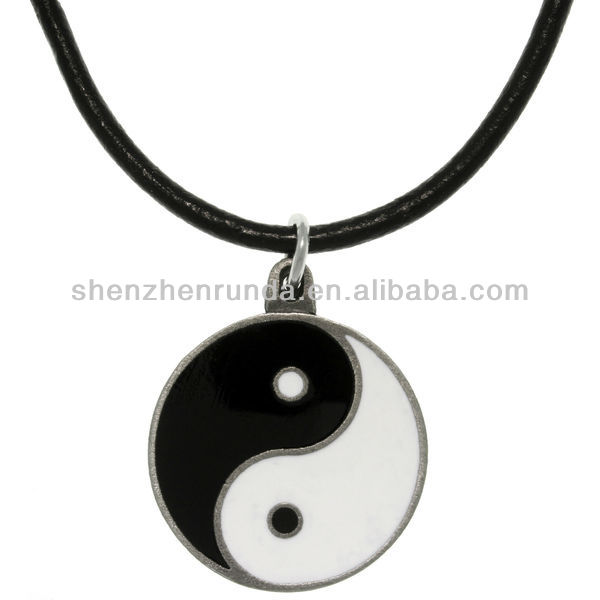 Wholesale Men Fashion Pendant Yin and Yang Pendants Necklace