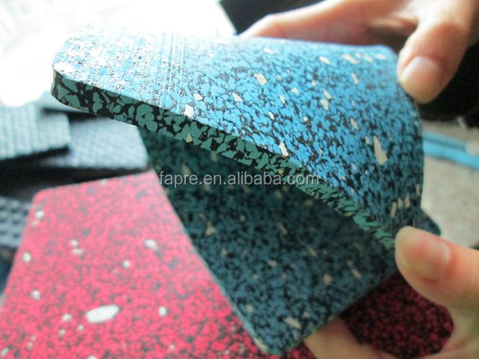 HOT!!! Recycled rubber floor/ insulated floor panel system/ Gym rubber Floor Rolls