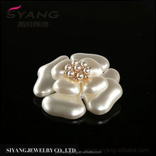 New Arrival simple design stylish fabric flower with pearl corsage in many style
