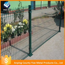 Alibaba china manufacture anti-corrosive beautiful form powder coated CE&ISO certificated 3d curved wire mesh fence(manufacture)