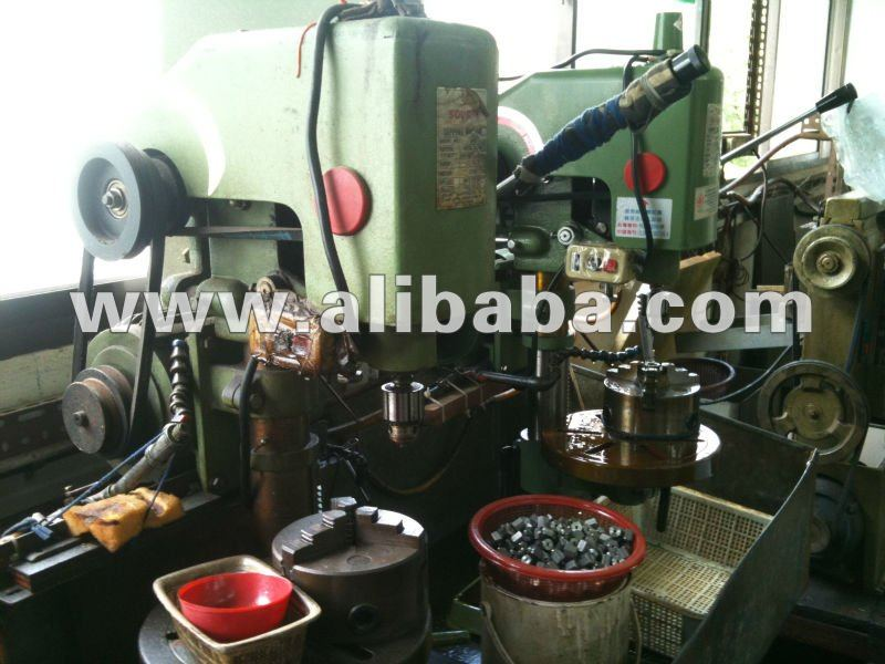 Used Bench Tapping Machines
