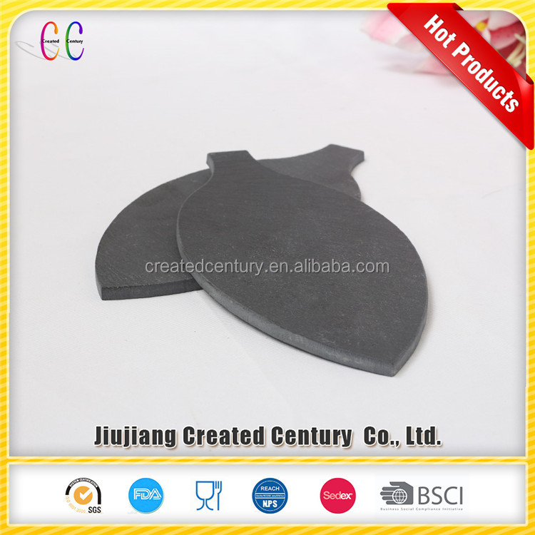 Factory sale random shape <strong>natural</strong> black stone slate cheese plate with handle