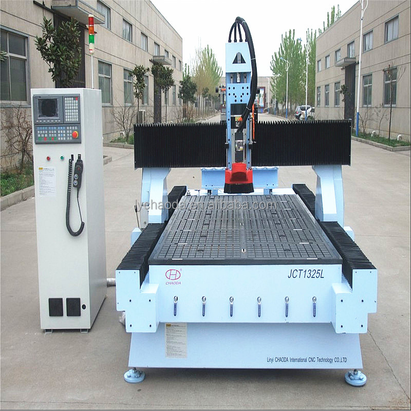 automatic tool change cnc router 1325 / wood furniture making machine