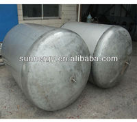 Stainless steel solar free standing water tank in environment