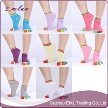 Five Finger antiskid cotton yoga socks with grips wholesale