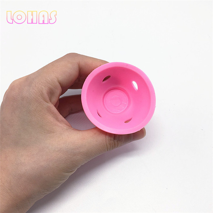 woman's hair rollers