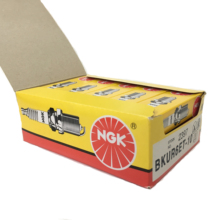 auto parts NGK authorizes the sale of genuine NGK spark plugs Copper-Nickel#2397# BKUR6ET-10 Pack Of 1High Quality Hot Sale