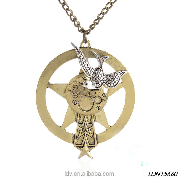 Fashion classic antique brass star and silver bird of peace gear pendant necklace