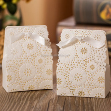 luxurious cheap laser cut paper white handmade chocolate box 7.5*4*4 cm Candy packaging Boxes for wedding christmas party favors